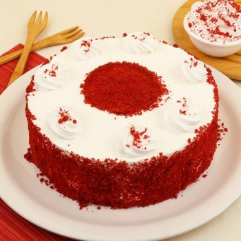 Rich Sugarfree Red Velvet Cake