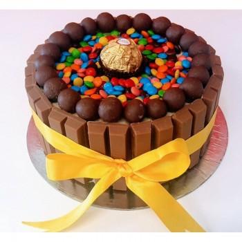 Kitkat Oreo Ferrero Cake
