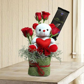 Red Roses Glass Vase Combo