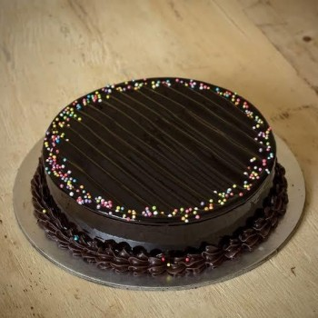 Eggless SugarFree Truffle Cake