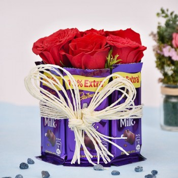 Roses n Dairy Milk Arrangement