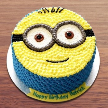 Minion Lover Cake