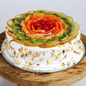 Creamy Vanilla Fruit Cake